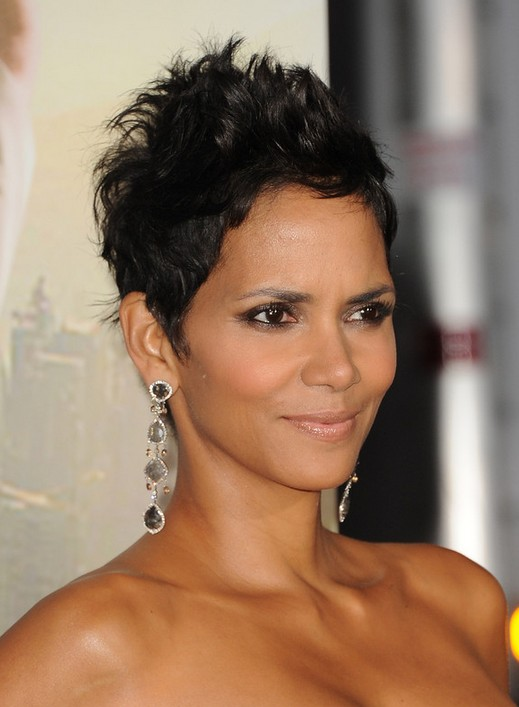 Halle Berry Short Cut - Simple Easy Short Black Hairstyle for Women