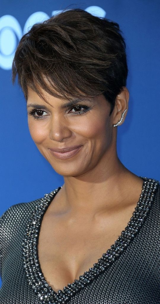 16 Stylish Short Haircuts For African American Women Styles Weekly