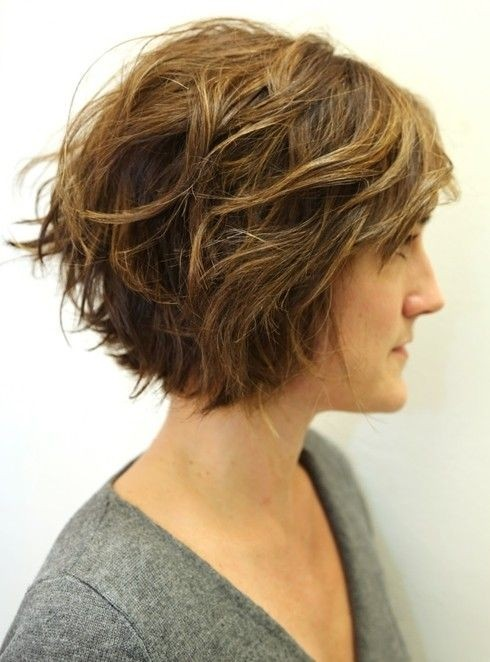 Wavy Hairstyles for Short Hair: Women Haircuts Ideas 2015 / Via
