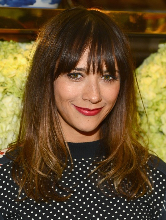 Rashida Jones Simple and Quick Long Wavy Hairstyle with Wispy Bangs for Winter