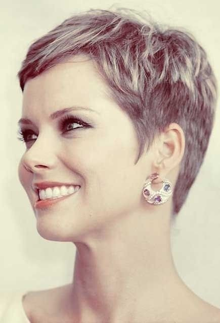 Stylish Short Pixie Hairstyles for Women Over 40 - Short Formal Hairstyles 2015