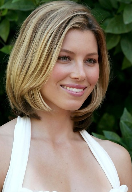 Hairstyles For Short Hair Length : Jessica Biel Mid Length Bob Haircut for Short Hair /Getty images
