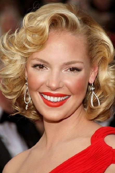 Katherine Heigl Short Blonde Curly Hairstyles for Wedding Homecoming