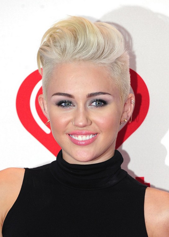 Miley Cyrus Short Straight Boy Cut for Women