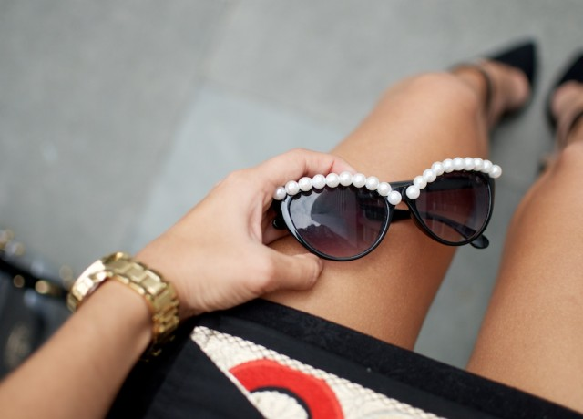 DIY-Pearl-Sunglasses-a-pair-and-a-spare-018