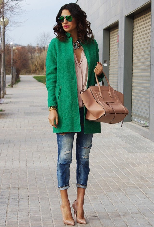 Dark Green Winter Coat Outfit Idea with Ripped Jeans