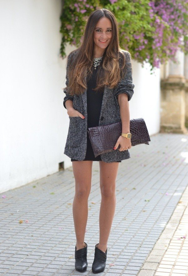 Dark Grey Tweed Coat Outfit