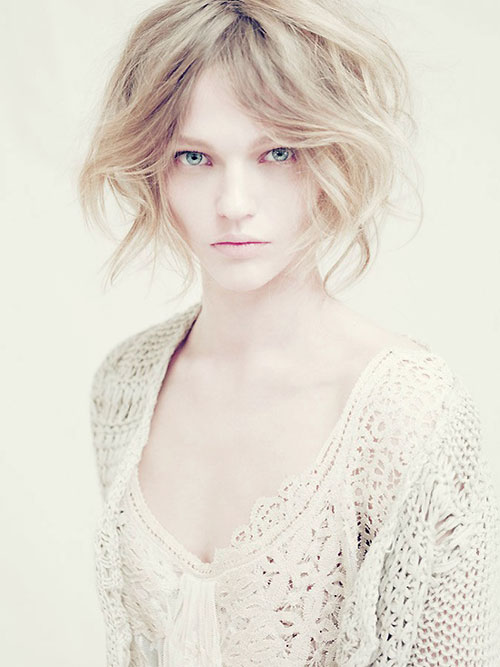 Fairy Short Wavy Hairstyle