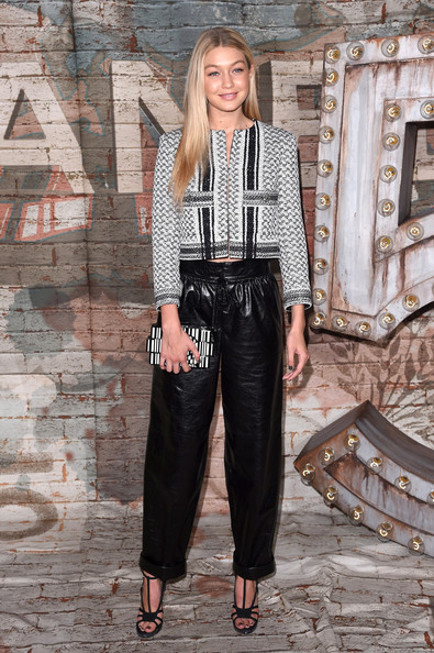 Gigi Hadid Sophisticated Leather Pants Outfit