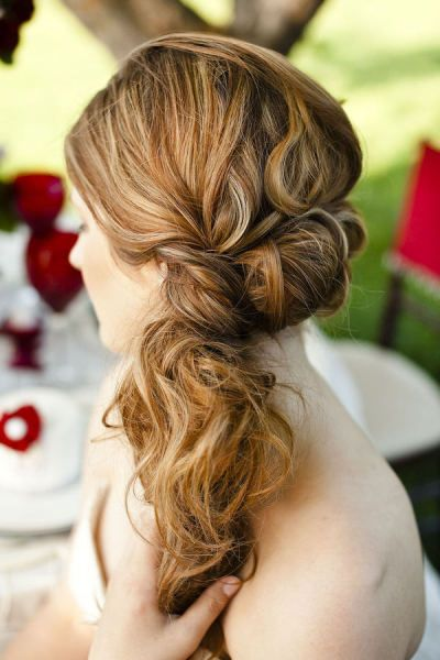 Knotted Ponytail for Thick Hair
