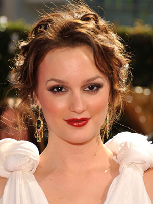 Leighton Meester Stunning Red Lip Makeup Look