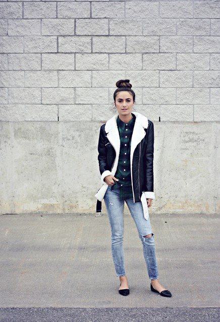 Lovely Black Shearling Jacket Outfit Idea