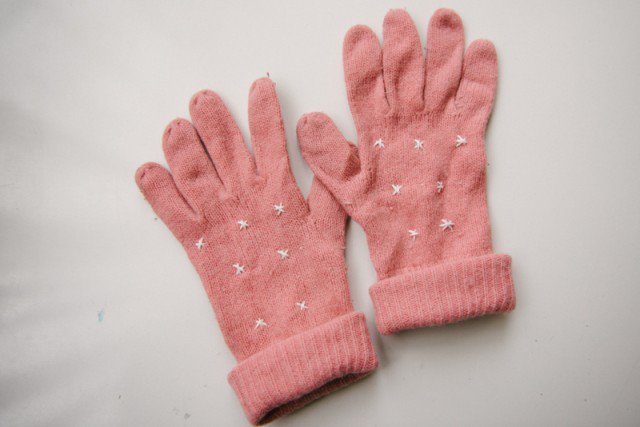Lovely DIY Gloves Tutorial