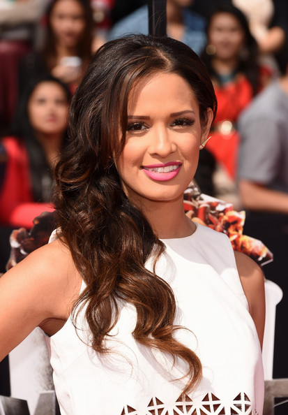 Rocsi Diaz Lovely Side Sweep Hairstyle