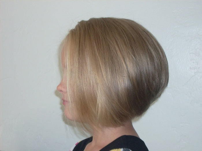 Stacked Bob Hairstyle for Fine Hair