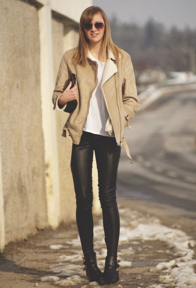 Stylish Shearling Coat Outfit Idea