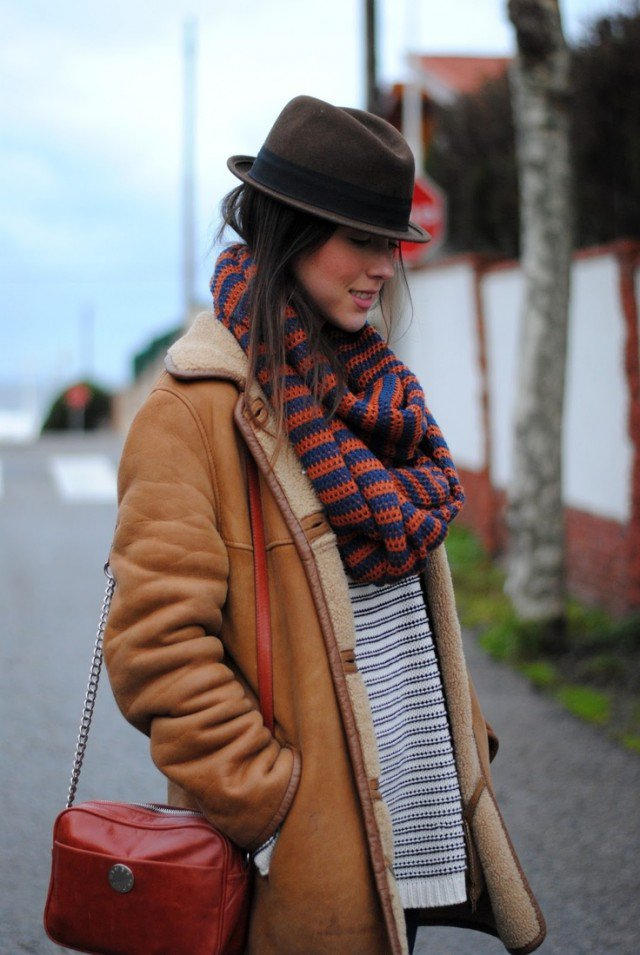 Stylish Way to Wear A Shearling Jacket