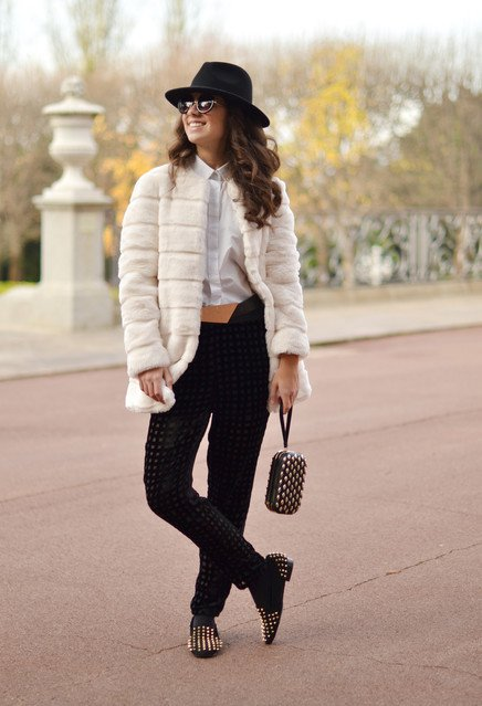 Trendy Black and White Outfit for 2015