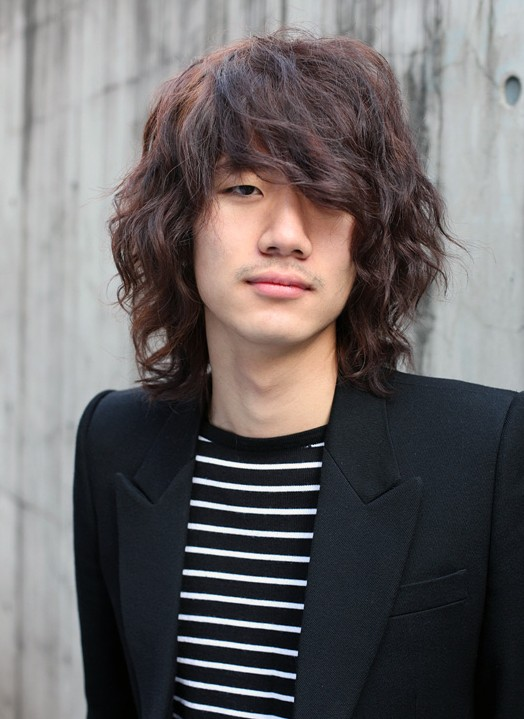 Trendy long Korean hairstyle for men