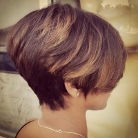 30-Short-Hairstyles-for-Winter-Modern-Haircut-for-Women