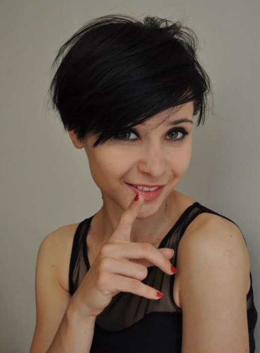 Black Short Hairstyle with Side Bangs