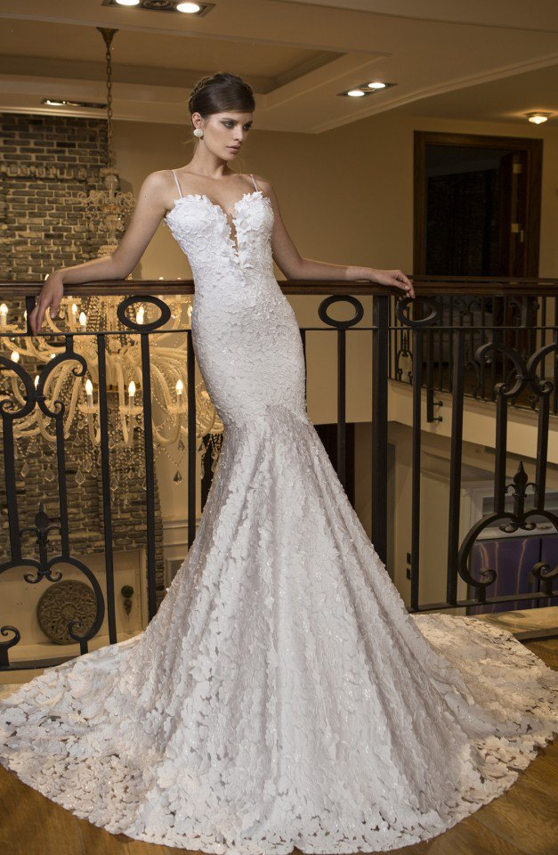 Breathtaking Wedding Gown by NURIT HEN