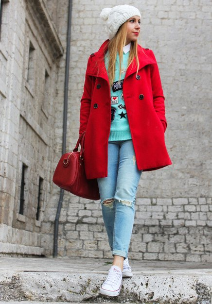 Casual Outfit Idea with Red Coat