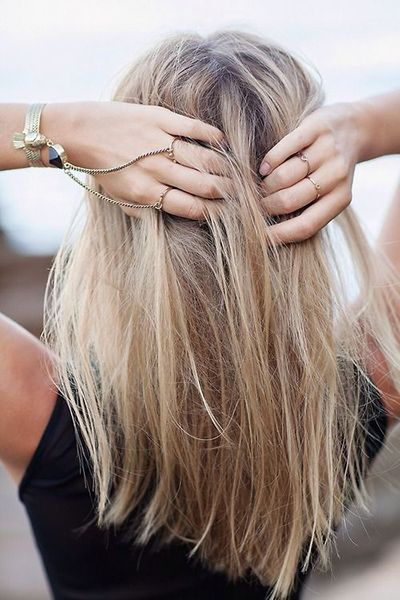 Chic Medium Straight Hairstyle for Women