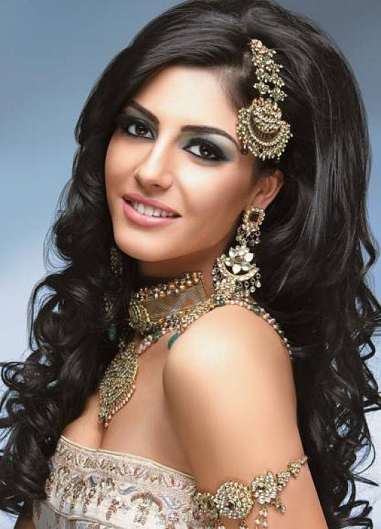 Indian Bridal Makeup And Hairstyle X3cb X3eindian X3c B X3e Style