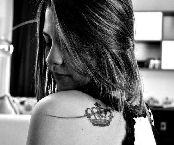 Cute Crown Tattoo on Shoulder for Women