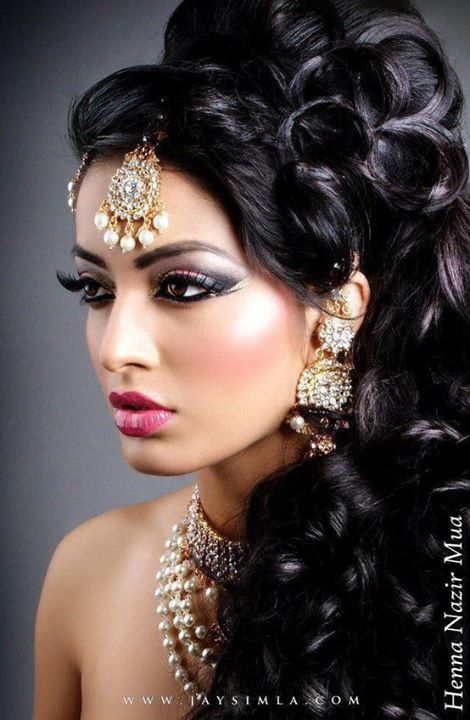 Enjoyable Indian Style Makeup And Hairstyle Looks For Brides Styles Weekly Hairstyles For Women Draintrainus