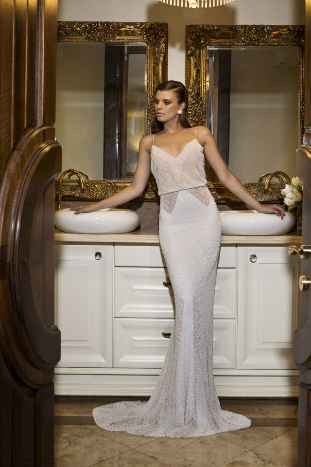 NURIT HEN Stunning Wedding Gown