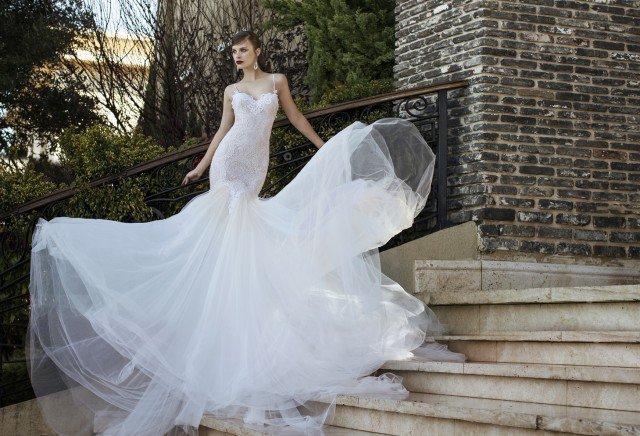 NURIT HEN Wedding Gown