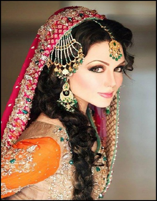 Pretty Indian Bridal Makeup and Hairstyle