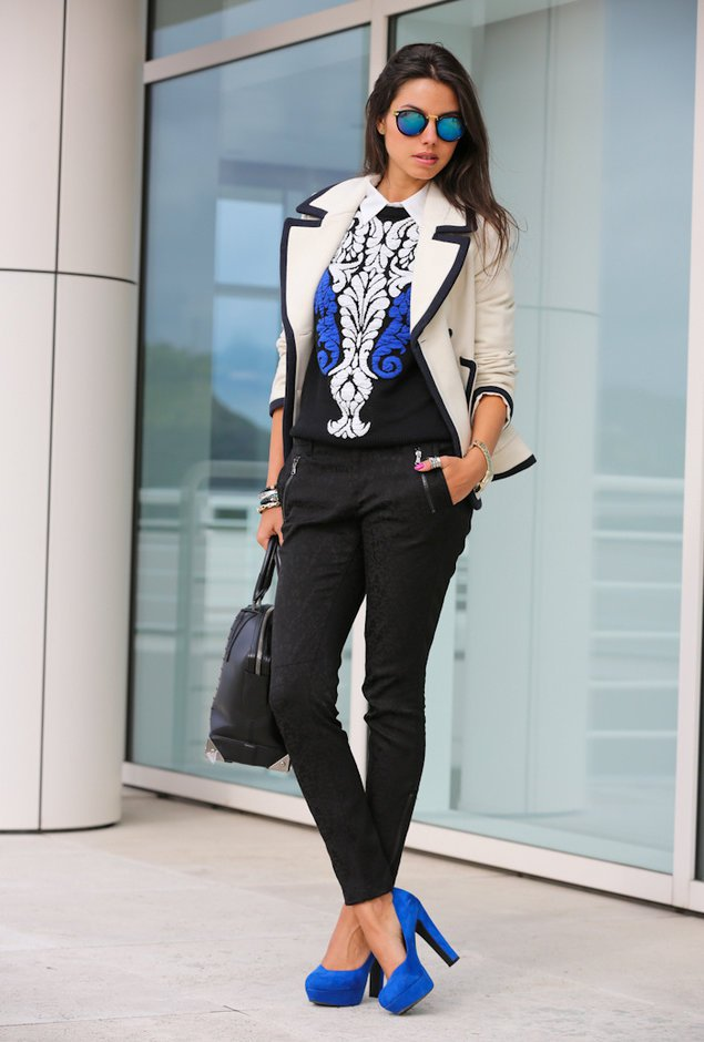 Printed Sweater with White Coat