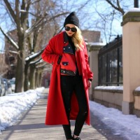 Stunning Red Coat Outfit Idea