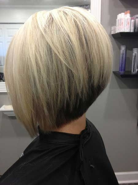 bob hairstyle with short blonde hair