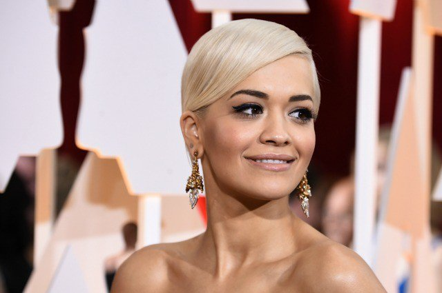 Rita-Ora-2015-Academy-Awards-red-carpet-best-hair-and-makeup (1)