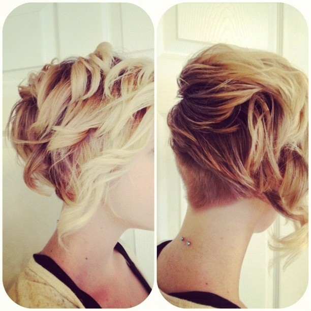 Simple Short Hairstyles: Messy Layered Curls