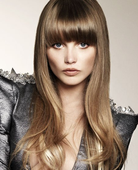 hairstyles-for-long-hair-with-bangs-round-face
