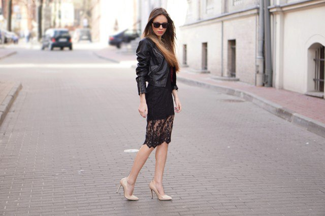 Stylish All Black Outfit Idea