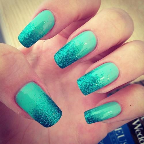 Chic Mint Nail Design