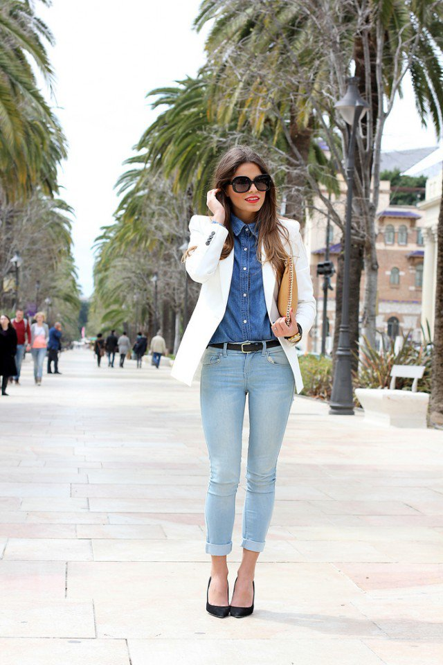 Stunning Office Attire with Jeans