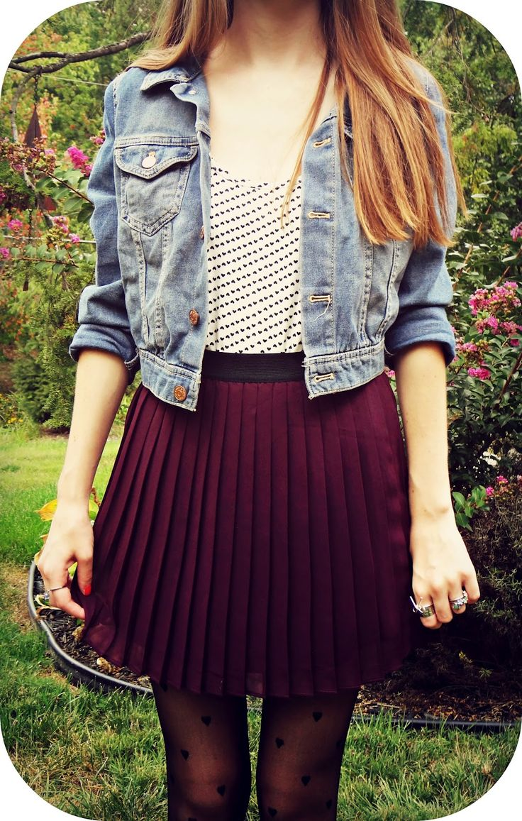 Pleated skirt with a jean jacket