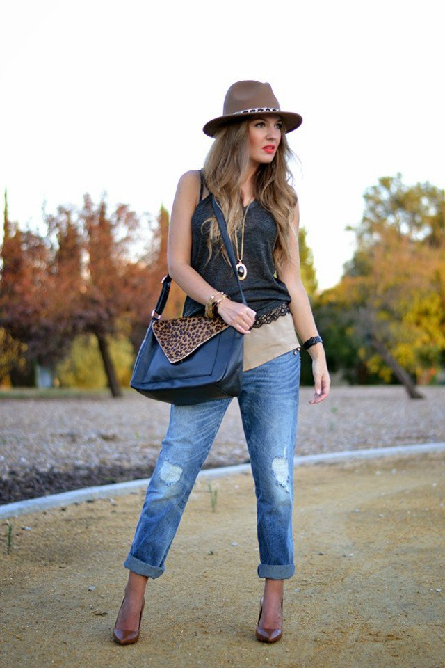 Stylish Summer Outfit Idea with Jeans