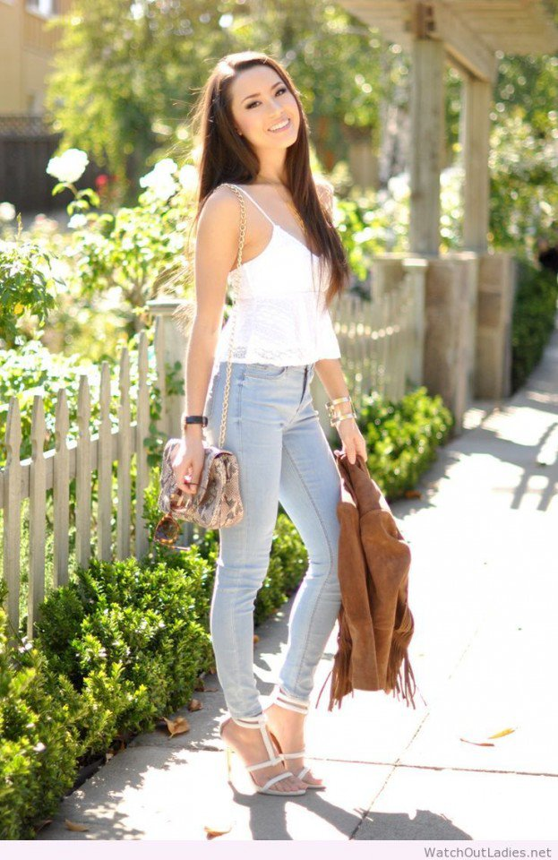 Pretty Jeans Outfit with White Top