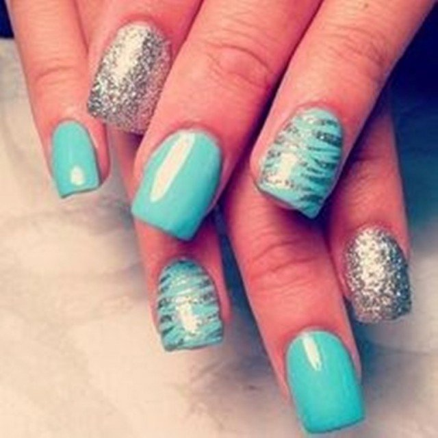 Pretty Mint Nail Design for Summer