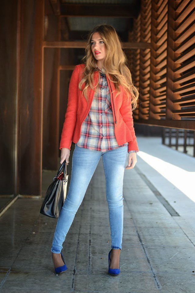 Pretty Spring Outfit Idea with Jackets and Red Jeans