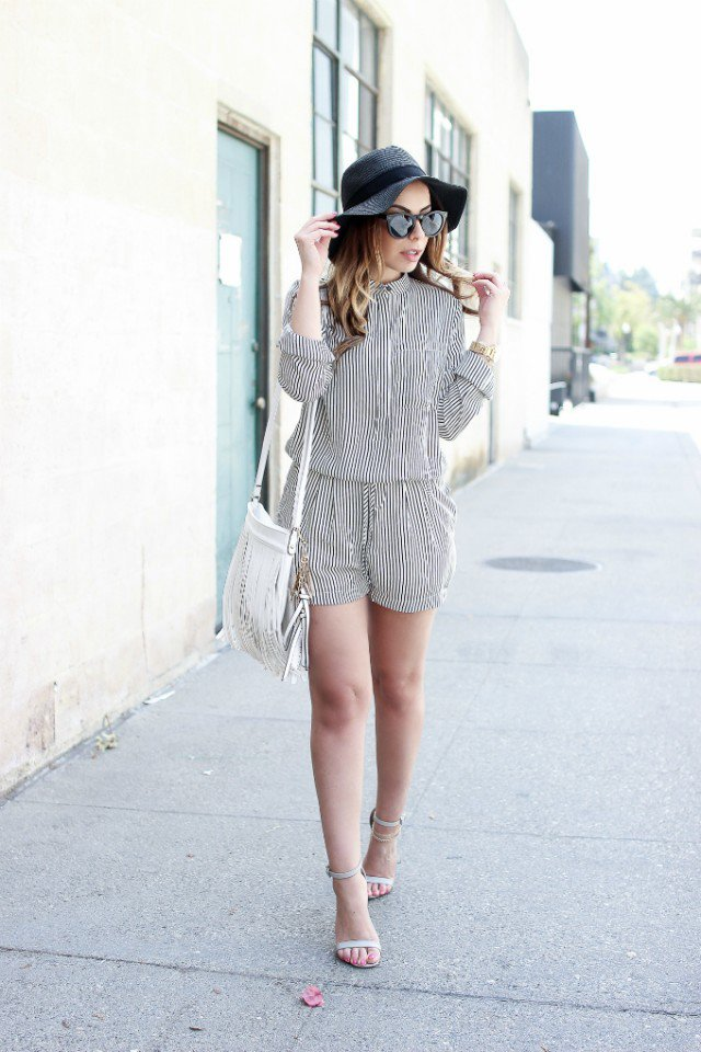 Pretty Chiffon Romper Outfit for Summer