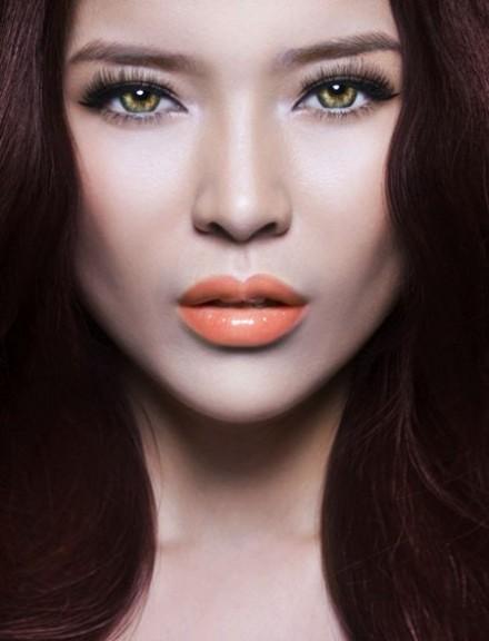 Apricot lips